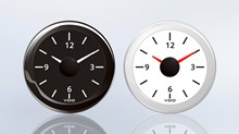 The clearly readable dial on the ViewLine quartz clock adds a stylish touch to every pleasure boat and yacht Cockpit.
